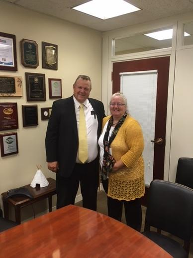 Montana advocate Patty Andersen with Senator Tester (D-MT).